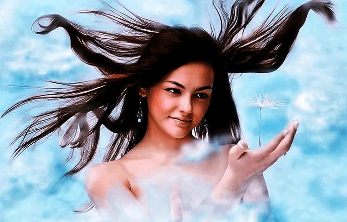 Девушка витает в облаках