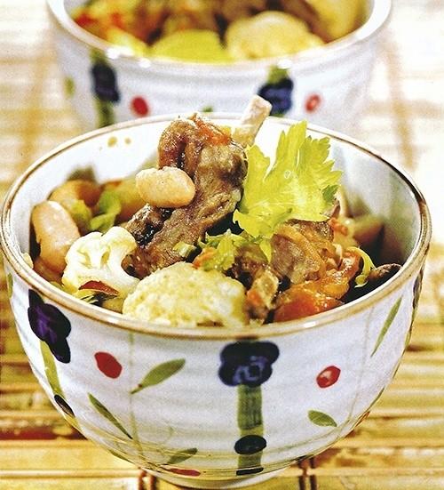 Рагу из бараньих ребрышек с овощами
