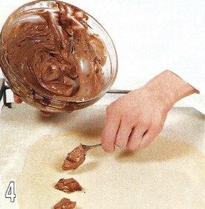 Равиоли с шоколадным сыром и клубничным соусом 4