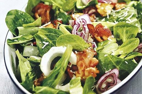 Салат с пак-чой и вешенками