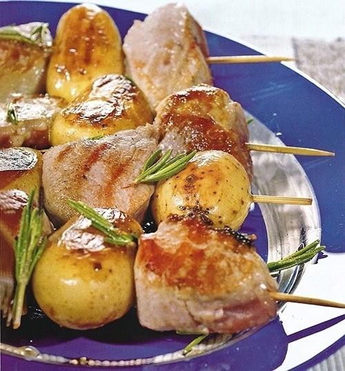 Шашлычки из свинины и картофеля