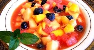 Суп из свежих фруктов с мятой