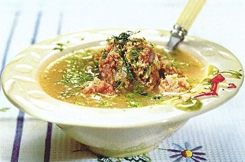 Суп с фрикадельками и укропом