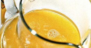 Тонизирующий имбирный напиток с манго и апельсинами