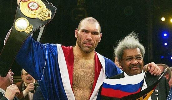 За плечами Николая Валуева 53 боксерских поединка