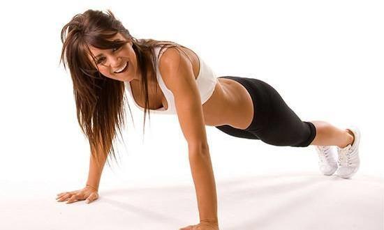 5 лучших упражнений для роскошной груди