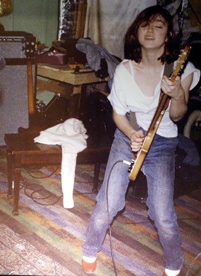 Батья Гилрой научили Мадонну играть на гитаре