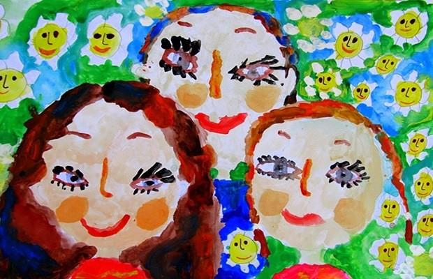 Детский рисунок - моя семья