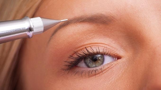Перманентный макияж - брови