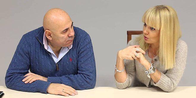 Иосиф Пригожин и Валерия сидят за столом