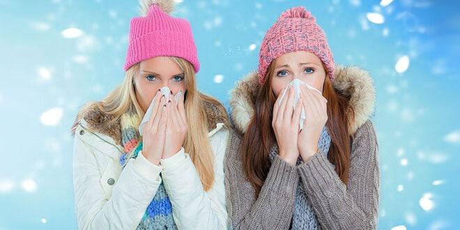 Девушки с насморком
