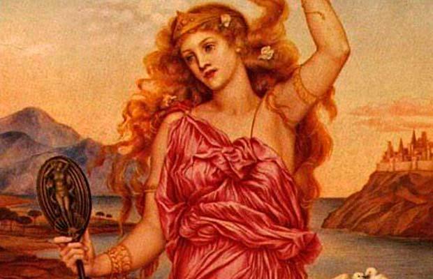 Богиня красоты по-гречески — это высокая, крепкая, с широкими бедрами и девичьей грудью блондинка