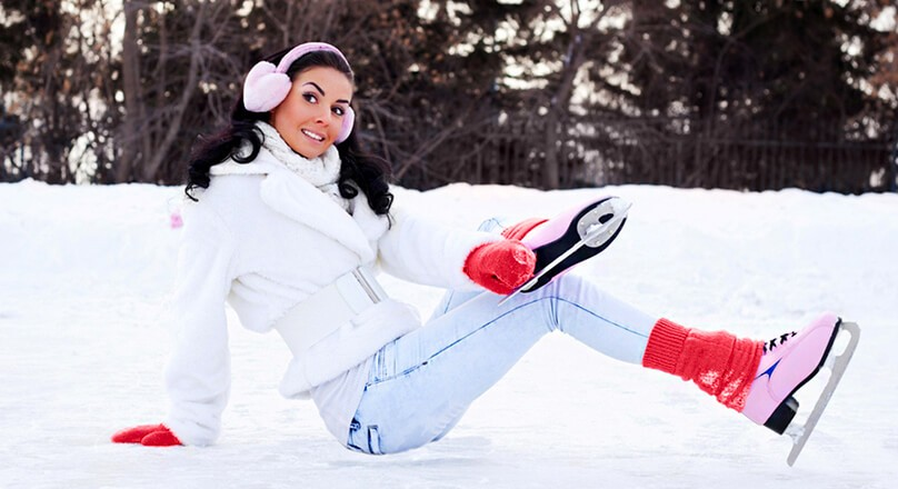 Девушка в коньках
