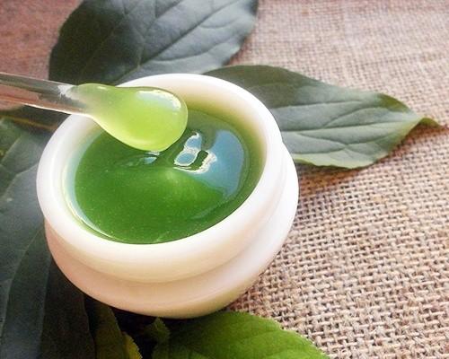 Натуральные средства для ухода за сухой кожей лица