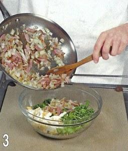 Зеленый салат с беконом 3