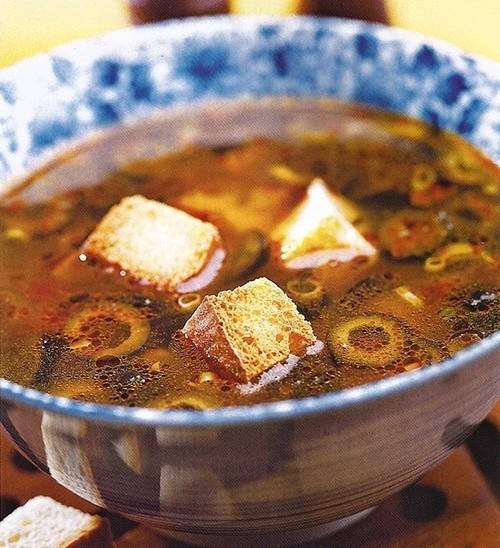 Суп чесночный с гренками
