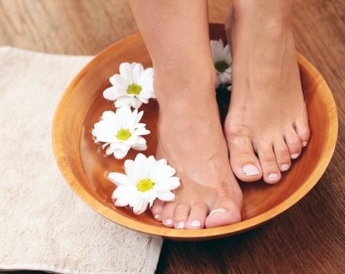 Уход за кожей ног в домашних условиях - ванночки