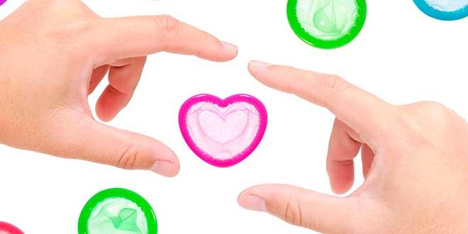 Презервативы и руки