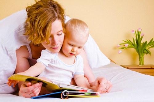 Малыш познает мир - мама читает