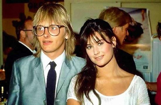 В 18 лет вышла замуж за рокера Фредди Мура