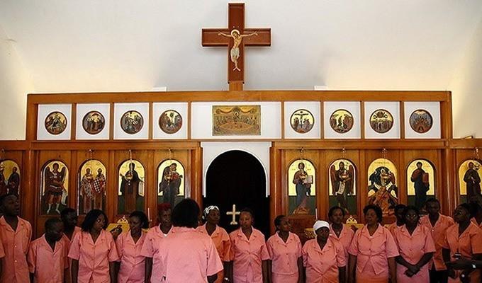 среди воинов масаев, есть православные - у подножия Килиманджаро действуют 4 прихода
