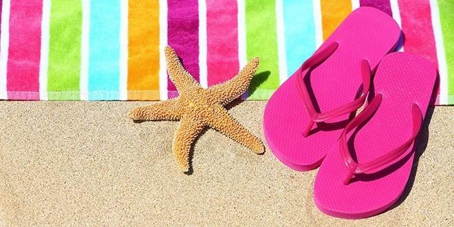 Летом так хочется сбросить обувь и походить босиком.