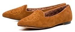 В этих туфлях из мягкой замши вы будете буквально парить над землей