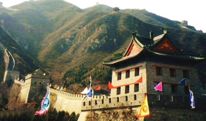 Китай - стены из бумаги и камня