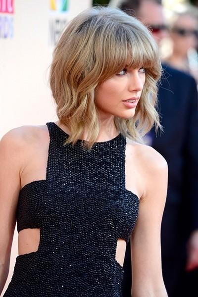 Тейлор Свифт на церемонии вручения музыкальной премии