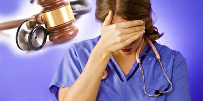 Женщине-врачу стыдно