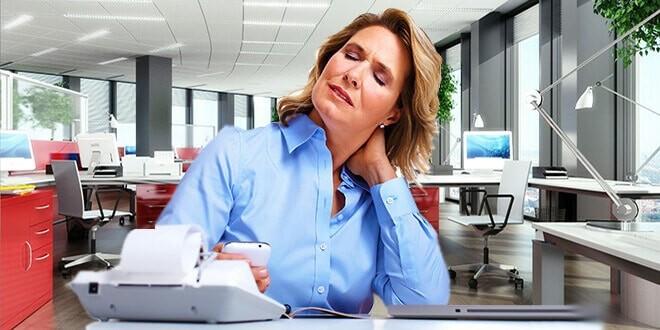 Женщина с остеохондрозом