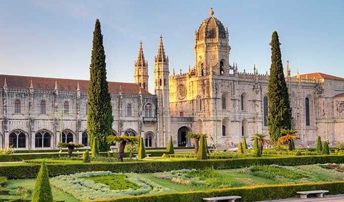 Монастырь Жеронимуш португальцы построили на... доходы от торговли пряностями