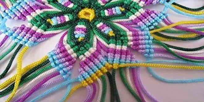 Макраме - разноцветная салфетка