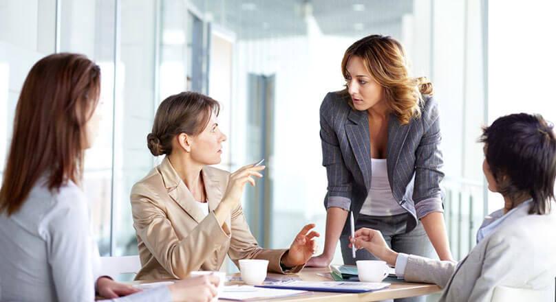 Женщины на деловой встрече